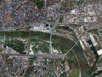 Una veduta aerea di Bratislava con le anse del Danubio